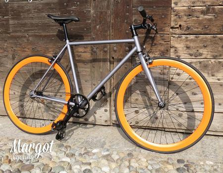 bici scatto fisso bike fixed sport e tempo libero super sconti supersconti